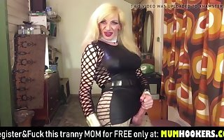 How MILF shemale tranny big cock and cumshot